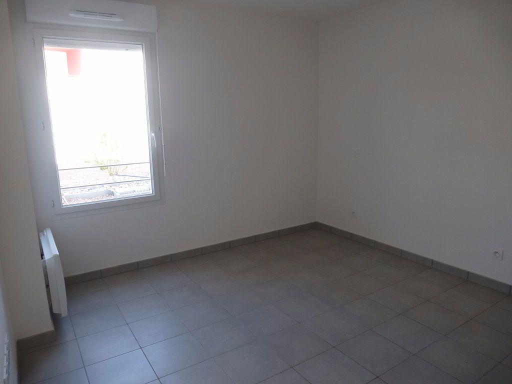 Appartement à louer 2 37.19m2 à Perpignan vignette-5