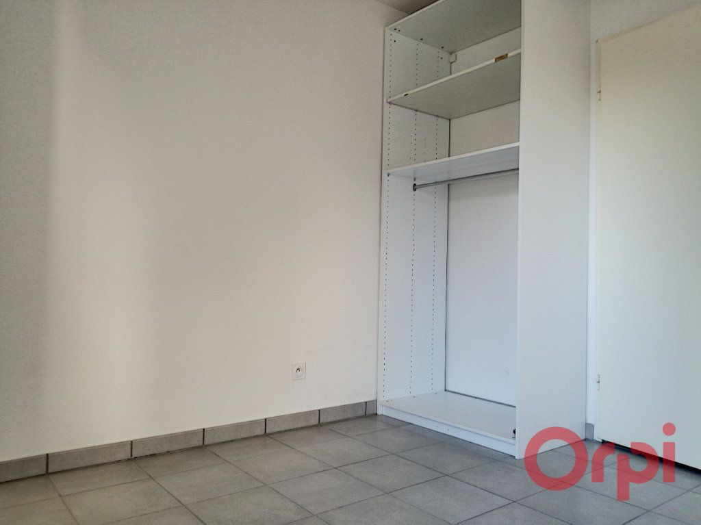 Appartement à louer 2 37.19m2 à Perpignan vignette-6