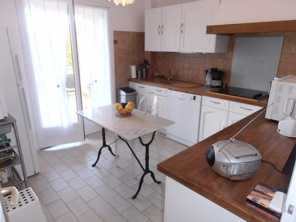 Appartement à louer 2 57m2 à Prades vignette-3
