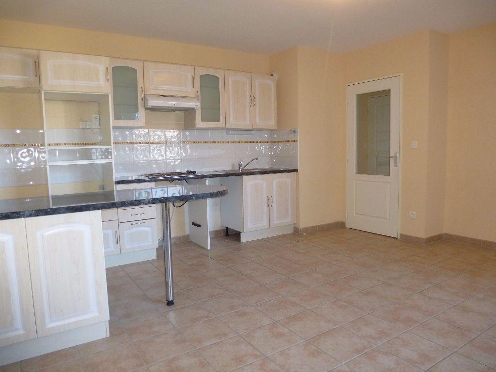 Appartement à louer 3 55.98m2 à Perpignan vignette-5