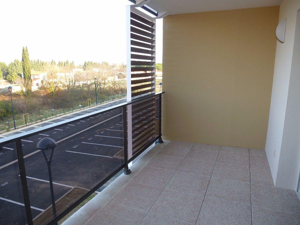 Appartement à louer 2 39.8m2 à Saint-Cyprien vignette-3