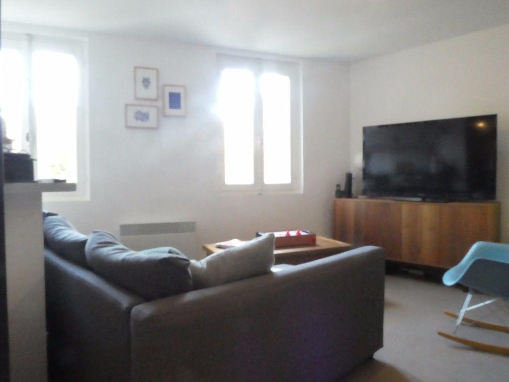 Appartement à louer 3 80.6m2 à Prades vignette-4