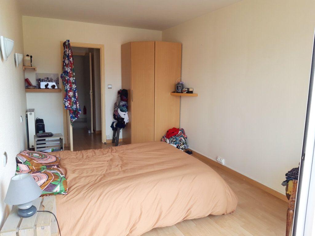 Appartement à louer 3 70m2 à Prades vignette-6