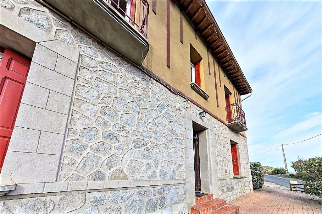 Maison à louer 4 124m2 à Prades vignette-7