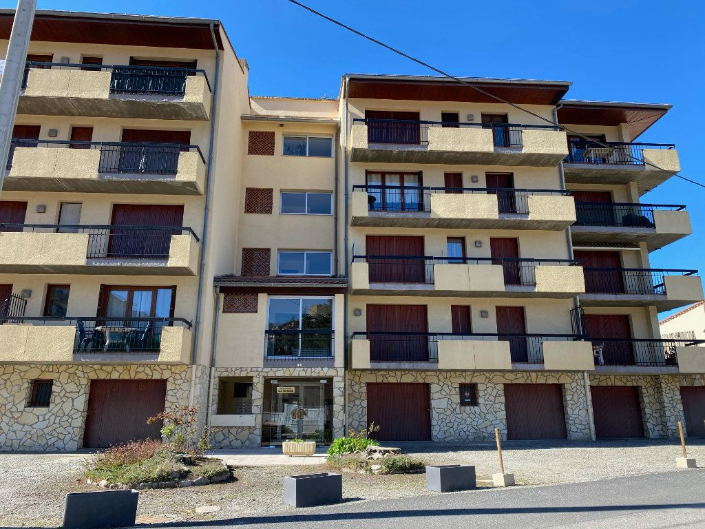 Appartement à louer 3 63.33m2 à Vernet-les-Bains vignette-2