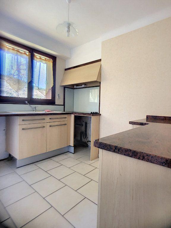 Appartement à louer 3 63.33m2 à Vernet-les-Bains vignette-3