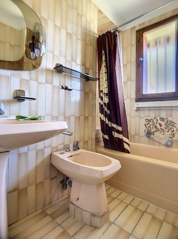 Appartement à louer 3 63.33m2 à Vernet-les-Bains vignette-4