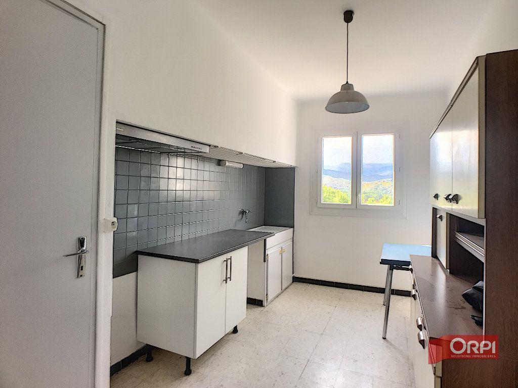 Appartement à louer 2 51m2 à Prades vignette-1
