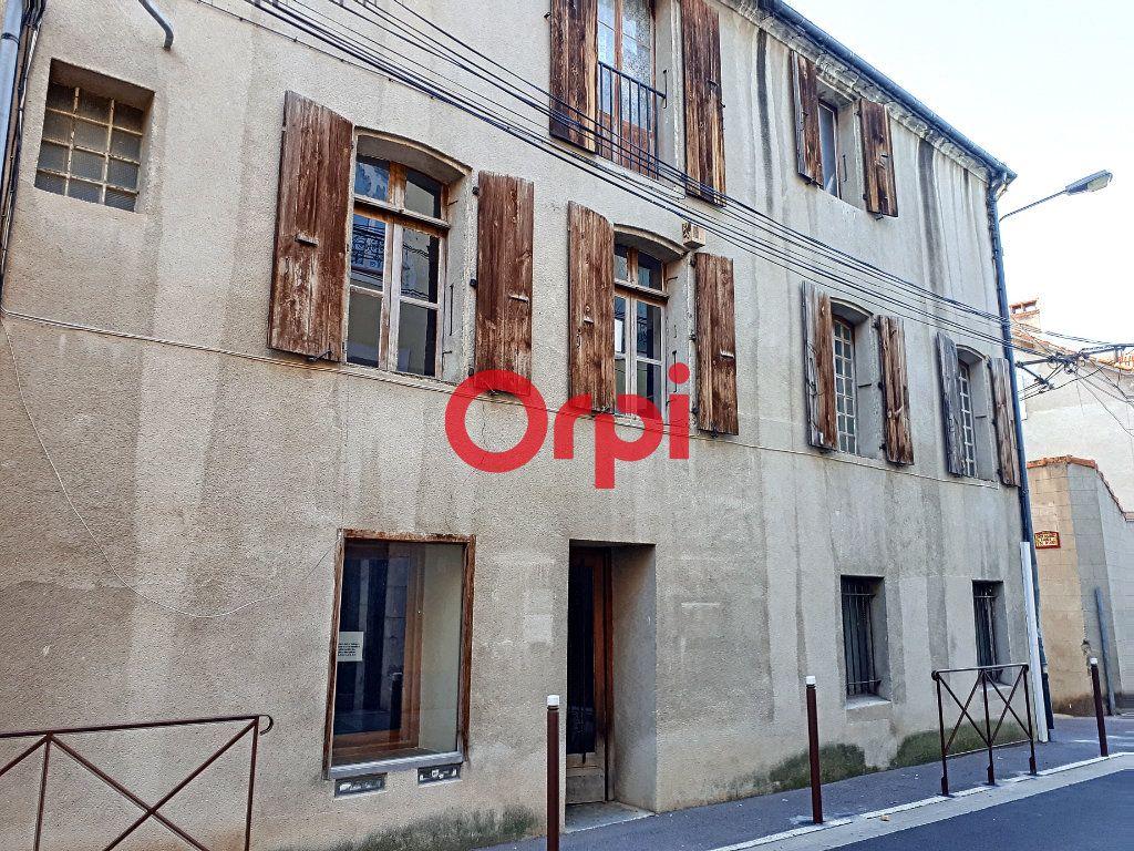 Immeuble à vendre 0 260m2 à Prades vignette-1