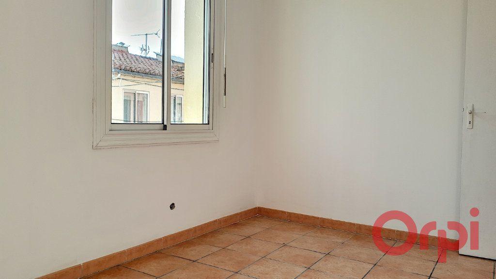 Appartement à louer 2 49.27m2 à Perpignan vignette-2