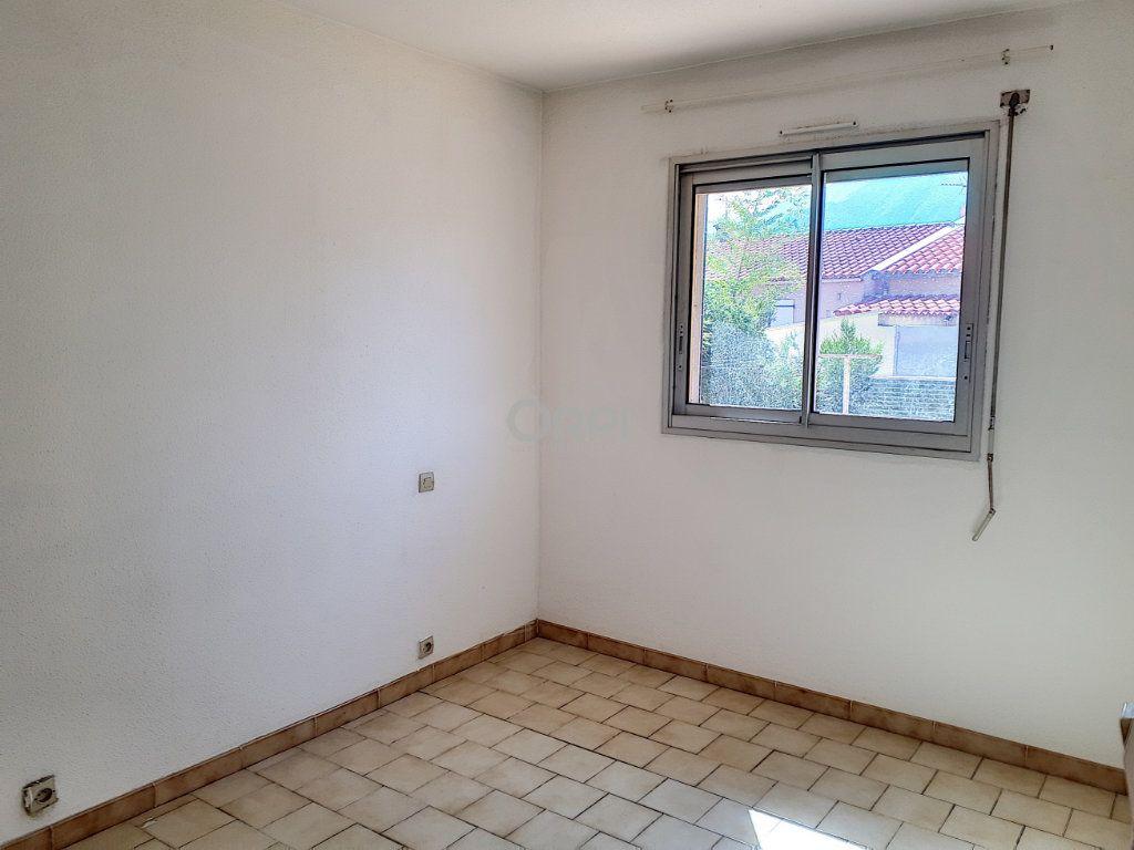 Maison à louer 5 90m2 à Prades vignette-8