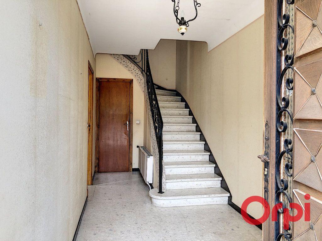 Maison à vendre 6 144m2 à Prades vignette-3