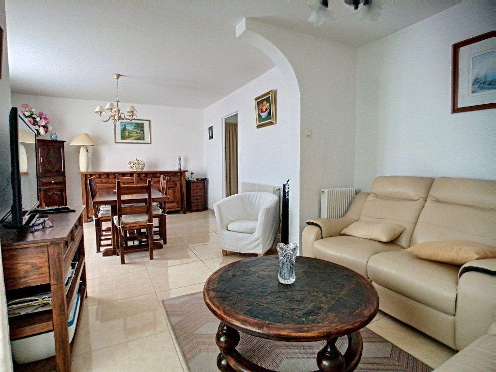 Appartement à vendre 4 92m2 à Perpignan vignette-1
