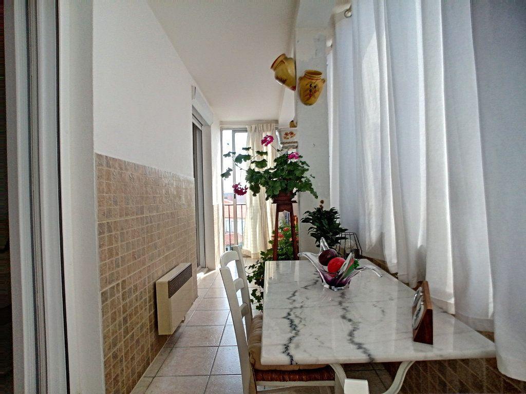 Appartement à vendre 4 92m2 à Perpignan vignette-7