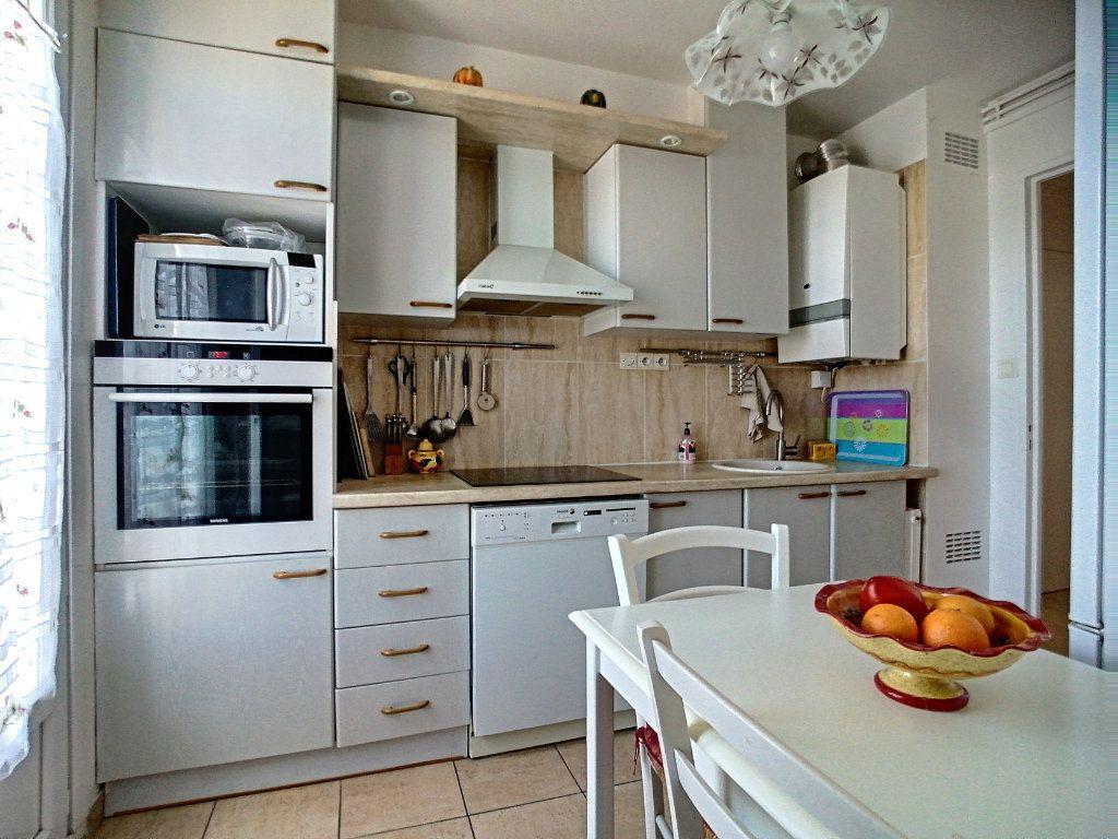 Appartement à vendre 4 92m2 à Perpignan vignette-8