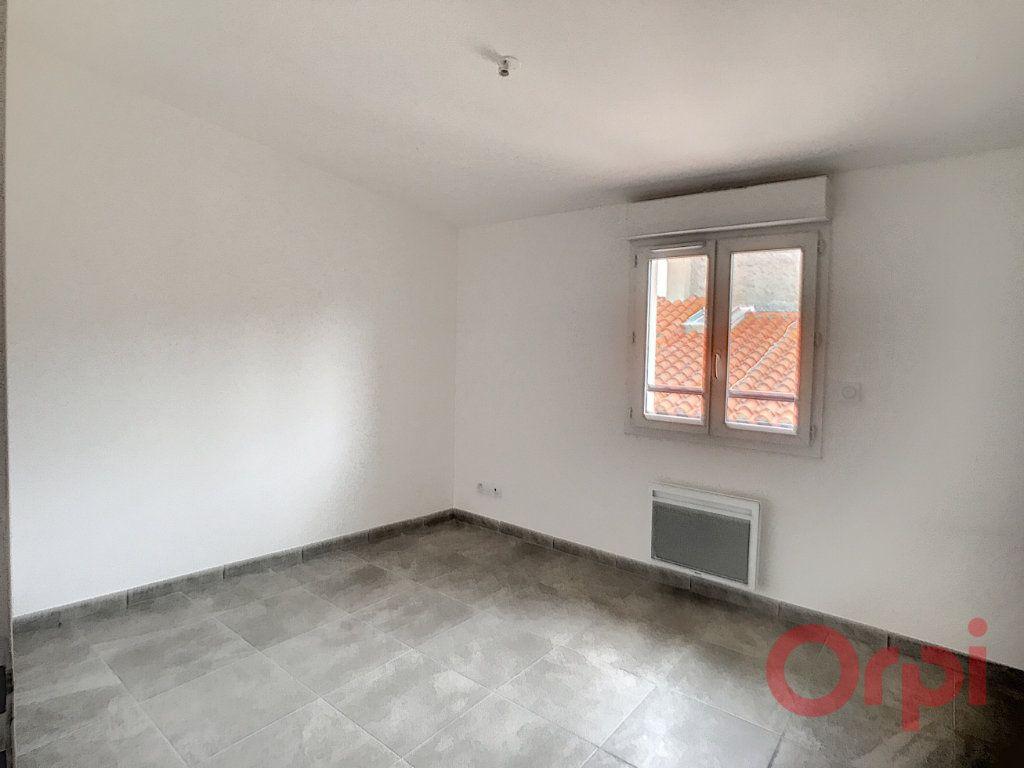 Appartement à louer 3 73.85m2 à Thuir vignette-5