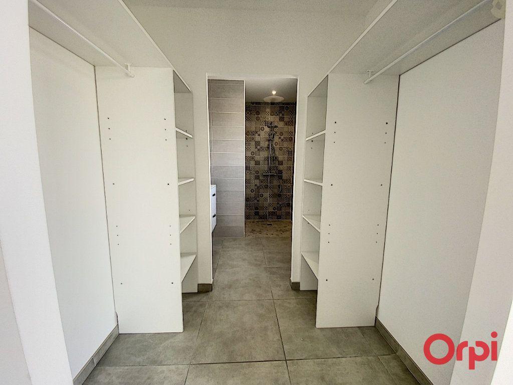 Maison à louer 4 89.95m2 à Ponteilla vignette-5