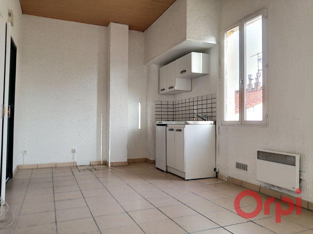 Appartement à louer 2 35.56m2 à Perpignan vignette-1