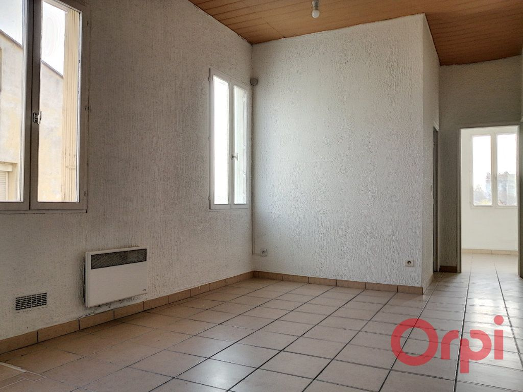 Appartement à louer 2 35.56m2 à Perpignan vignette-2