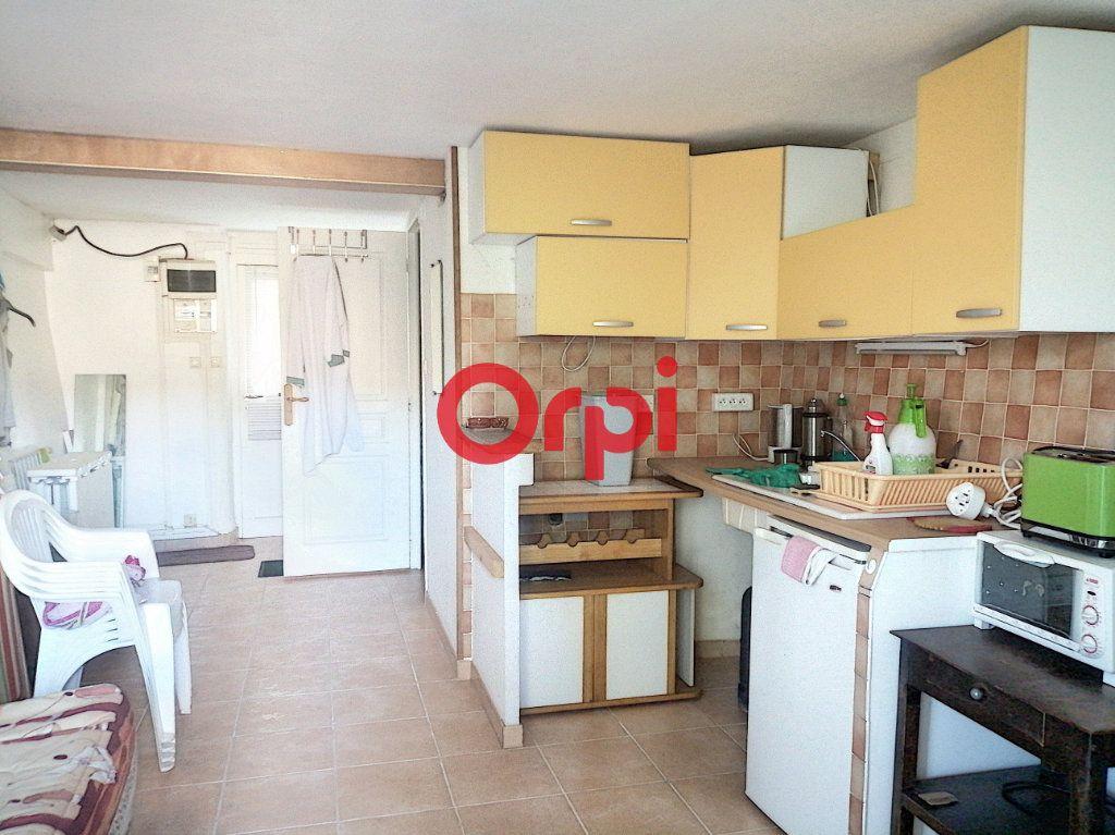 Maison à vendre 4 68m2 à Corneilla-de-Conflent vignette-3