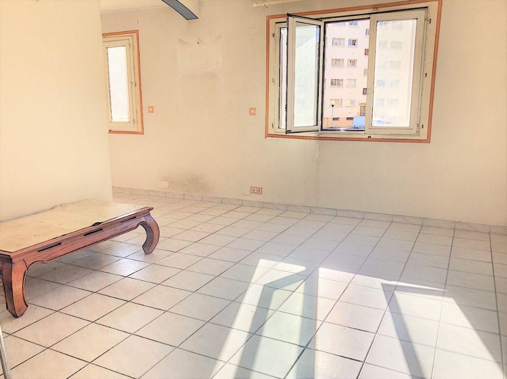 Appartement à vendre 3 81m2 à Perpignan vignette-1