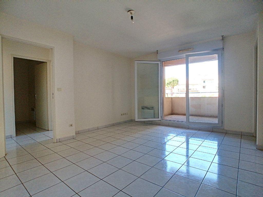 Appartement à vendre 3 56.75m2 à Perpignan vignette-2