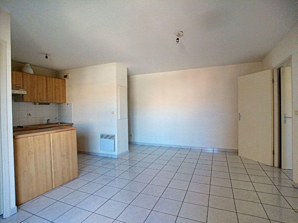 Appartement à vendre 3 56.75m2 à Perpignan vignette-3