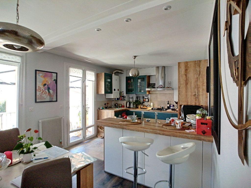 Appartement à vendre 5 140m2 à Perpignan vignette-4