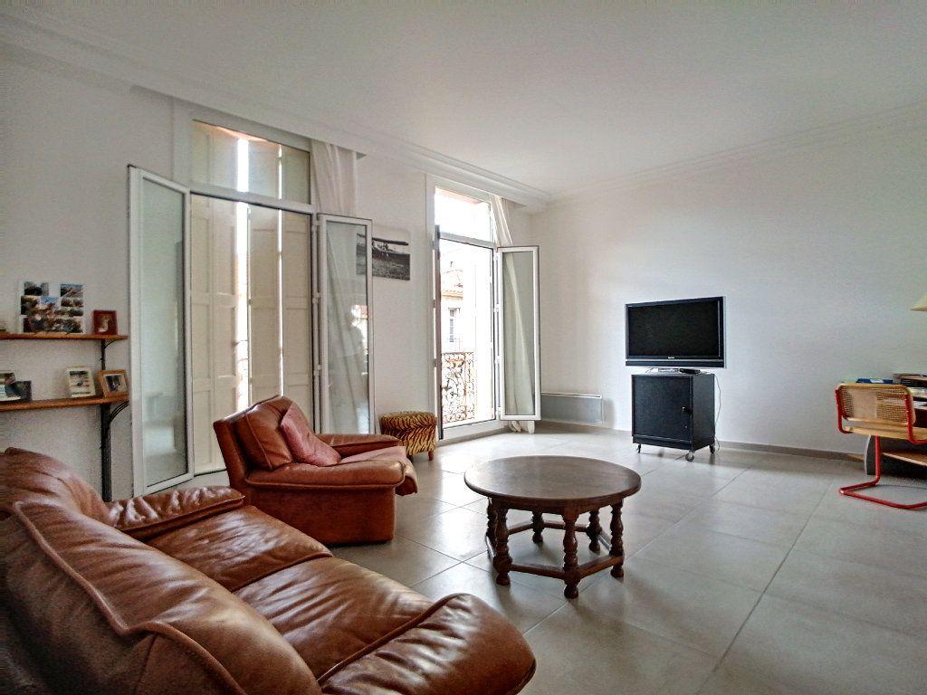 Maison à vendre 8 430m2 à Perpignan vignette-6