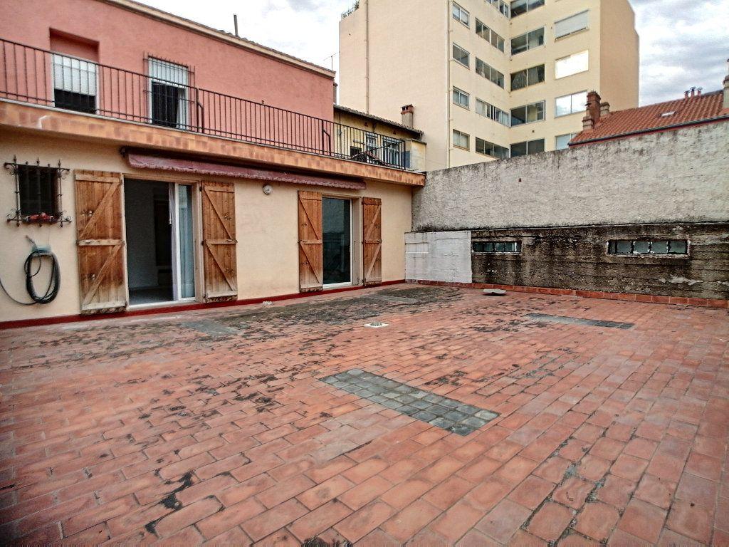 Maison à vendre 8 430m2 à Perpignan vignette-8