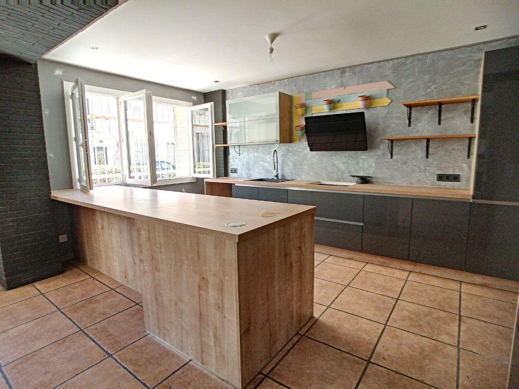 Appartement à vendre 4 80m2 à Perpignan vignette-1