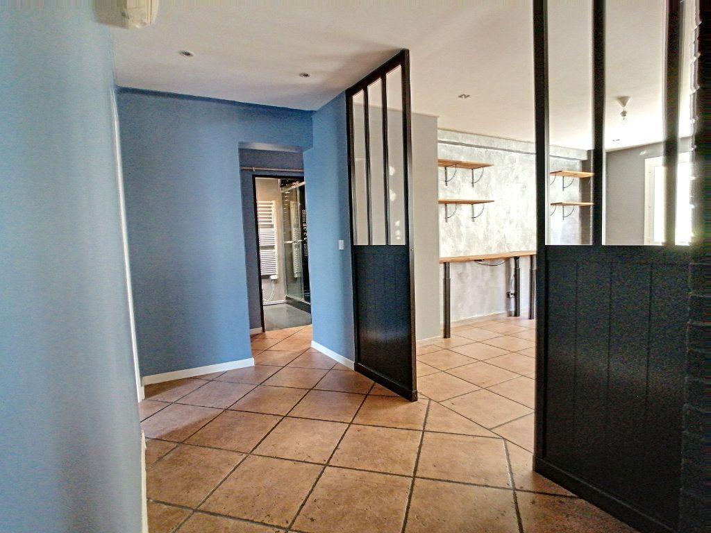 Appartement à vendre 4 80m2 à Perpignan vignette-3