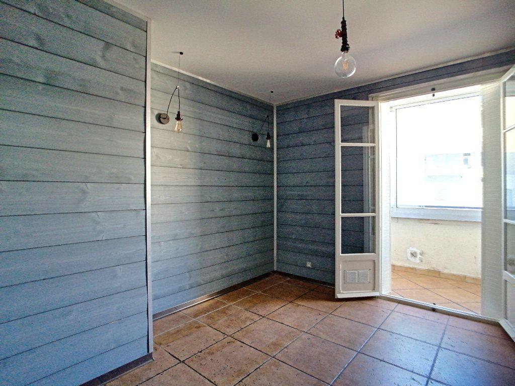 Appartement à vendre 4 80m2 à Perpignan vignette-5