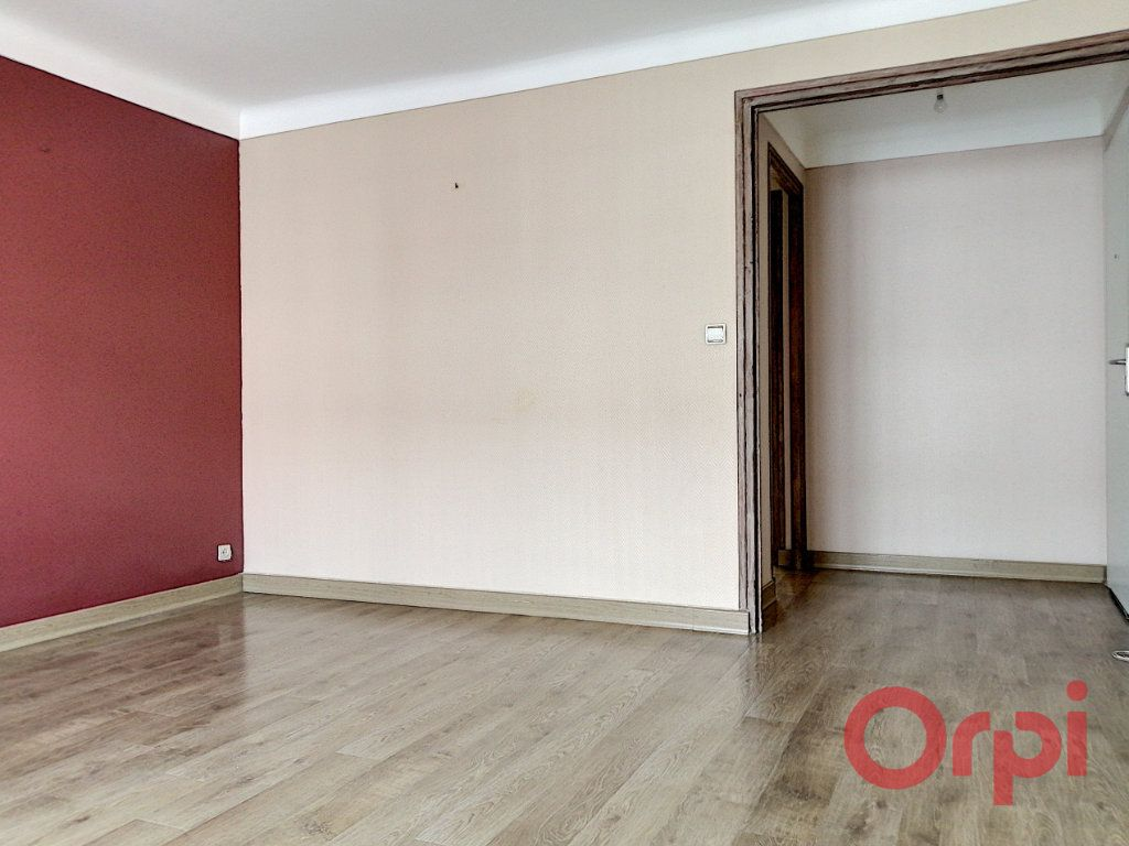 Appartement à louer 3 64.7m2 à Perpignan vignette-4
