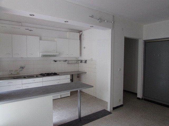 Appartement à vendre 4 74m2 à Vernet-les-Bains vignette-3