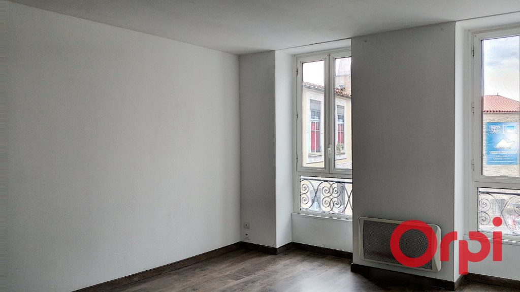 Appartement à louer 3 60m2 à Prades vignette-5