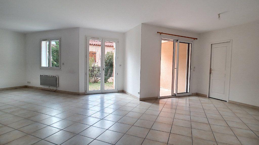 Maison à louer 4 98m2 à Prades vignette-4