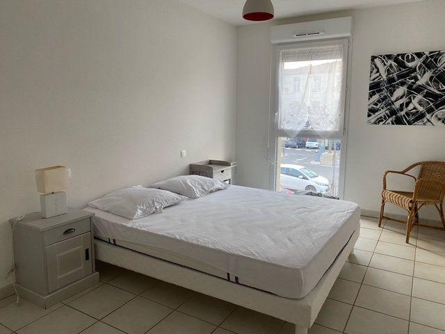 Appartement à louer 3 55m2 à Prades vignette-4