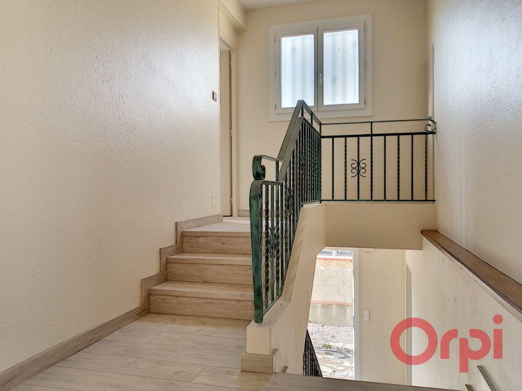 Maison à louer 4 93.28m2 à Villeneuve-la-Rivière vignette-9