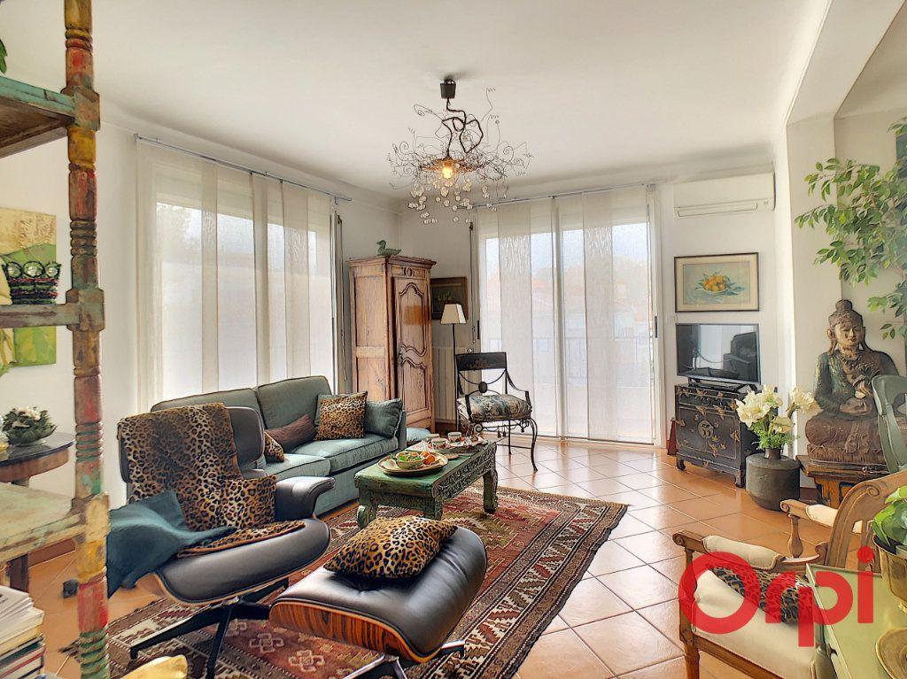 Appartement à vendre 3 63.52m2 à Perpignan vignette-2