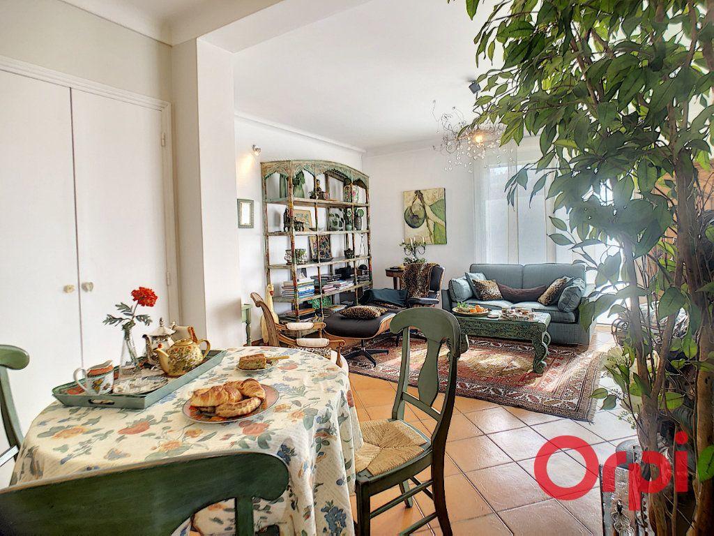 Appartement à vendre 3 63.52m2 à Perpignan vignette-3
