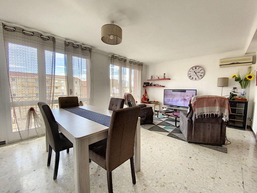 Appartement à vendre 4 80.81m2 à Perpignan vignette-1