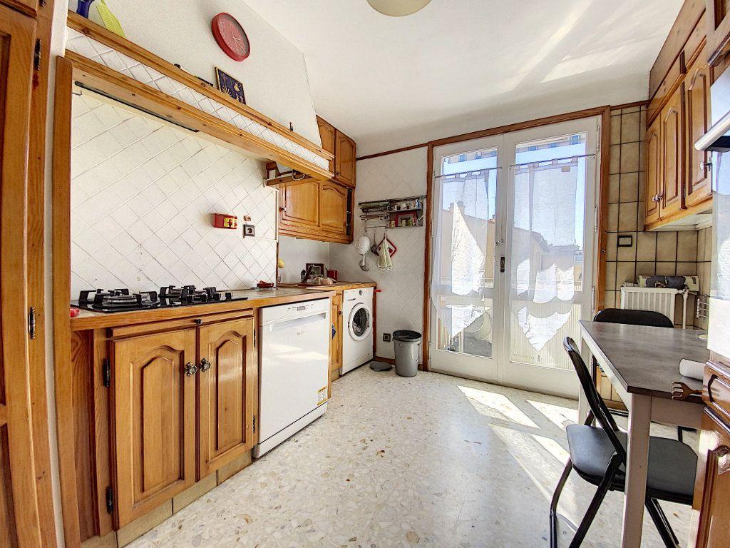 Appartement à vendre 4 80.81m2 à Perpignan vignette-3