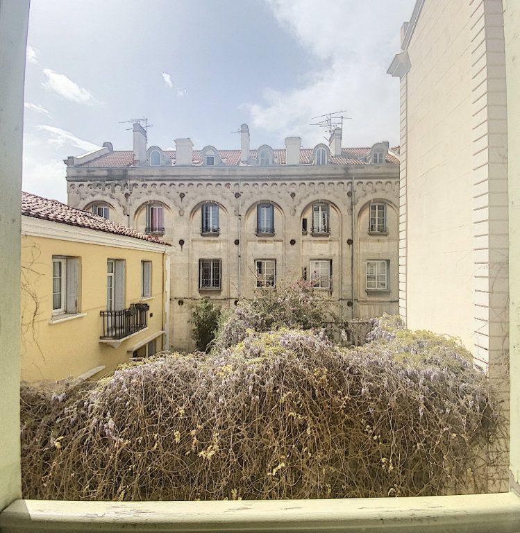 Appartement à vendre 4 69m2 à Perpignan vignette-4