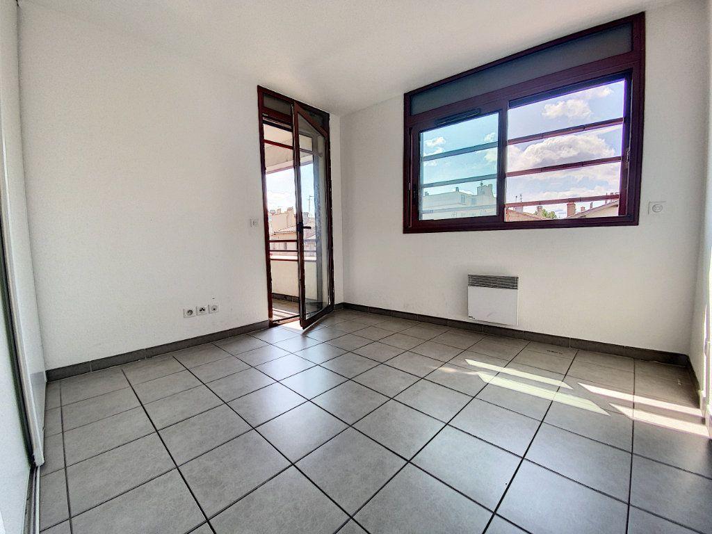 Appartement à vendre 3 75.54m2 à Perpignan vignette-4