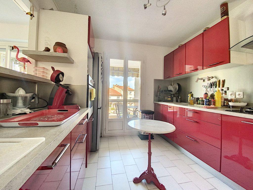 Appartement à vendre 3 66m2 à Perpignan vignette-2