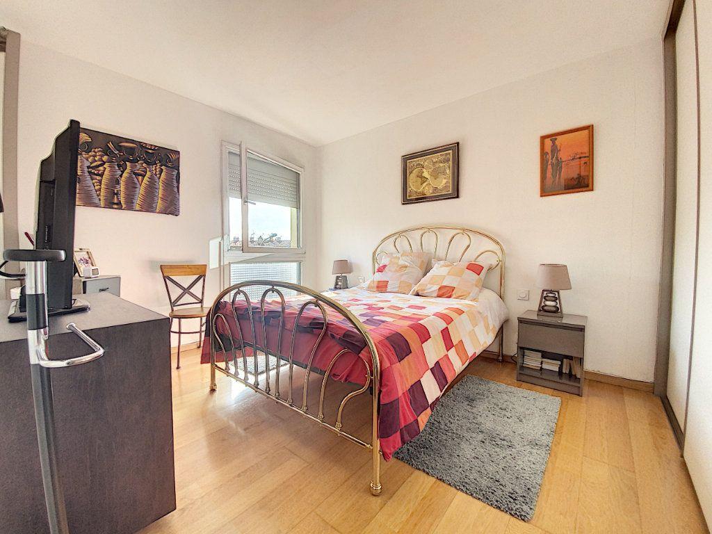 Appartement à vendre 3 66m2 à Perpignan vignette-3