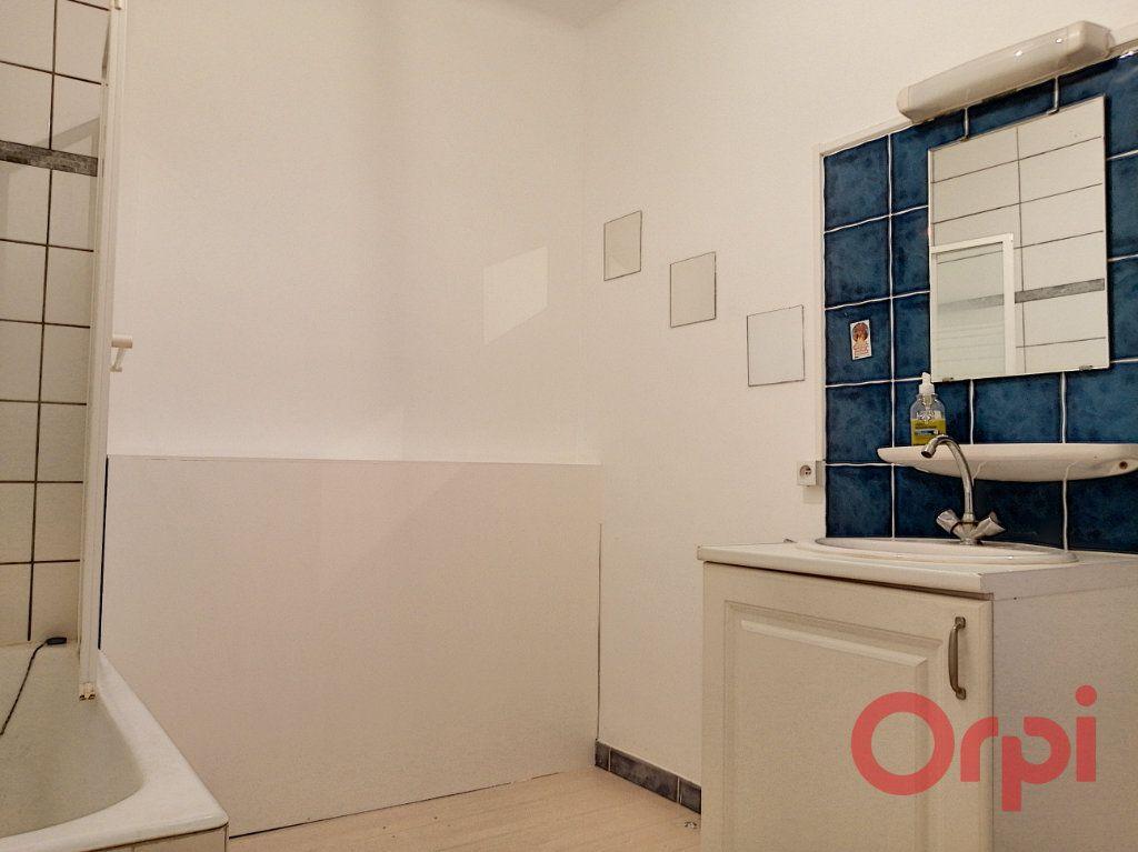 Appartement à louer 2 62.16m2 à Perpignan vignette-7