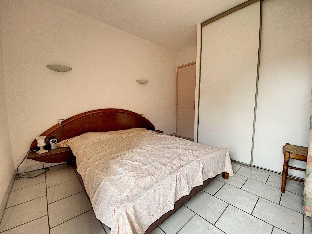 Appartement à vendre 3 62m2 à Perpignan vignette-4