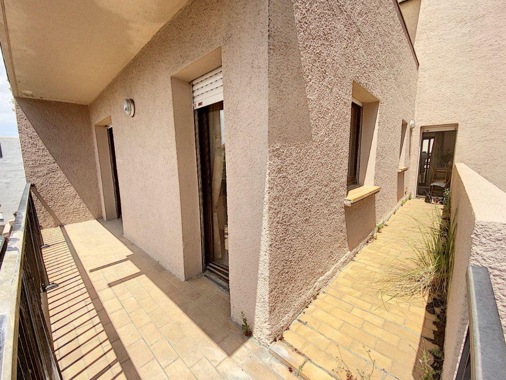 Appartement à vendre 3 62m2 à Perpignan vignette-6